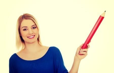 Femmes rondes : quelle tenue vestimentaire adopter pour votre premier emploi ?