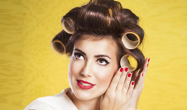 Astuces : friser les cheveux fins sans les endommager.