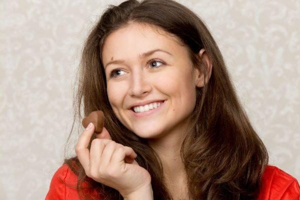 Manger du chocolat tous les jours peut vous rendre plus sain et plus intelligent !