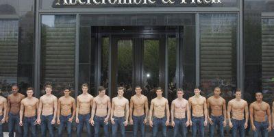 Femmes rondes : Abercrombie & Fitch ajoute des tailles dans ses magasins : n'est – il pas trop tard ?