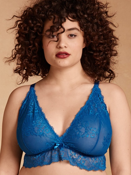 hc5090_plus-size-lace-bralette-with-ruffle_blue