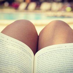 Lecture: six livres pour femmes rondes! http://beauteronde.fr/lecture-six-livres-pour-femmes-rondes/ #livres #livre #livre #femmeronde #femmeronde