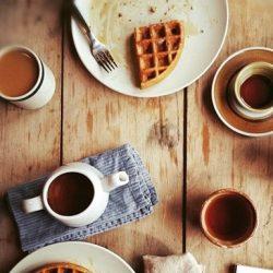 Petit déjeuner tranquille, ce matin :) prête pour de nouveaux articles ^^. #photoftheday #photo #socialenvy #pleaseforgiveme #beautiful #instagood #photoftheday #moment #love #food #yum
