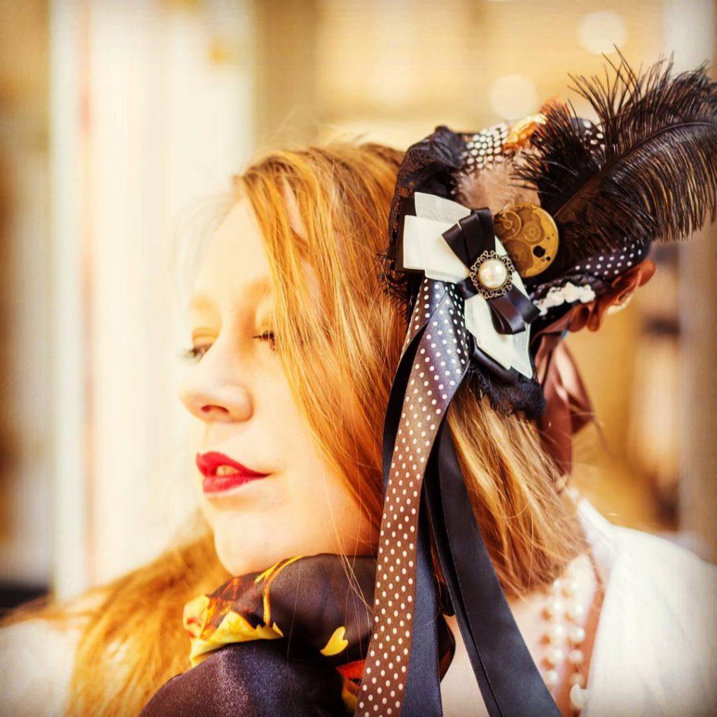 Ronde, et alors ? Photographe: Bernard Moreau. #love  #beautiful #plussize #beauteronde #femmeronde #femmesrondes #fat #curvy #curvygirl #photoftheday #grandetaille #photos #picture  #socialenvy #pleaseforgiveme #picture #hat #chapeau #vintage #bloggers #blog #instagramers #instagood #moment #nantes