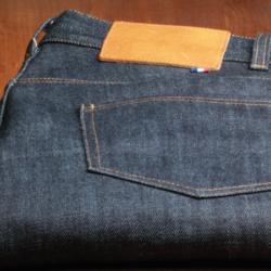 Destock Jeans: les avantages du déstockage de vêtements!