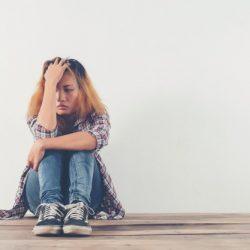 5 étapes que vous vivez quand un ami disparait sans explications !