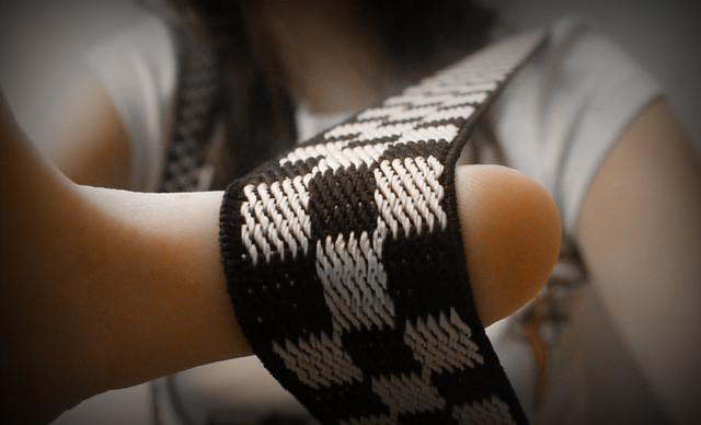 Femmes rondes : un look avec des bretelles ? pourquoi pas !