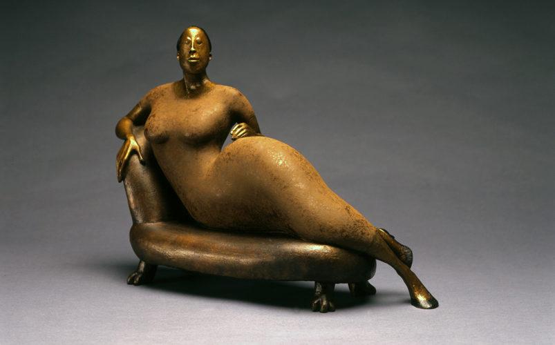 L'art tout en rondeurs : les sculptures rondes d'Hélène Labrie.